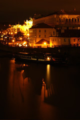 _DSC8163 (OSMIUM76) Tags: praga prague praha ombra shadow riflesso reflection river fiume carlo karluv most charles bridge ponte dark scuro shade vltava moldava
