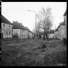 Architecture, N°301 (fuseholder) Tags: monochrom mediumformat 6x6 fujineopanacros gssdabandoned sovietunionabandoned architecture germanwwiibarracks germanmilitaryarchitecture