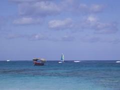 Boat (diegocarvalho3) Tags: boat caribean bluesea nature natureza