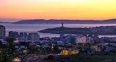 Amanece en A Coruña. (gatetegris) Tags: coruña galicia acoruña lacoruña amanecer nocturna ciudad city sea mar atlantic atlantico españa spain cidade galiza salidadelsol sunrise longexposition longexposure urban