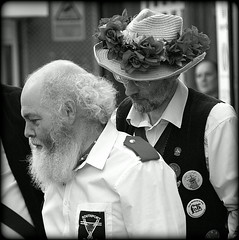 Folk fellows (* RICHARD M (Over 6 million views)) Tags: thesouthportswords candid street portraits portraiture streetportraits streetportraiture candidportraits candidportraiture mono blackwhite whiskers bewhiskered beards bearded balding whitewhiskers whitebeard morrisdancers sworddancers folkdancers entertainment entertainers dancers performers performance liverpool merseyside europeancapitalofculture capitalofculture strawhat flowers badges costumes traditionaldancers