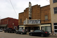 State Theater, Point Pleasant, WV (joseph a) Tags: pointpleasantwv pointpleasant westvirginia theater statetheater movietheater