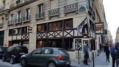 20170420_190925 Angle Rue Cherubini - Rue Ste Anne (Marie-Annick Vigne. + 1'000'000. Merci. Thanks) Tags: colombages