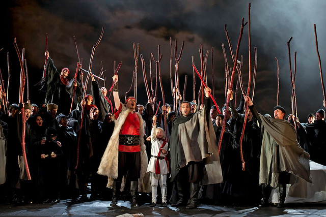 "Steven Ebel as Malcolm and Dimitri Pittas as Macduff in Phyllida Lloyd's production of Macbeth. The Royal Opera 2011. <a href=""http://www.roh.org.uk"" rel=""nofollow"">www.roh.org.uk</a>"