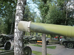"""T-80B (2) • <a style=""""font-size:0.8em;"""" href=""""http://www.flickr.com/photos/81723459@N04/9476059523/"""" target=""""_blank"""">View on Flickr</a>"""