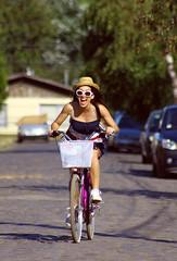 Bitácora de biciletas (Camila Belmar Puchy) Tags: life summer woman girl bike bicycle freedom cycling bicicleta