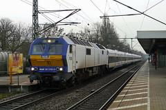 P1480473 (Lumixfan68) Tags: me de 26 eisenbahn mak nob loks 2700 di6 baureihe nordostseebahn dieselloks sechsachser