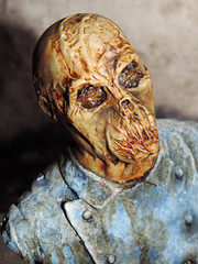Dr. Freudstein (XFrog360) Tags: zombie horror luciofulci custompainted williampaquet thehousebythecemetery fulcizombie necrozombiecon drfreudstein sheerterrorsociety dashausanderfriedhofmauer