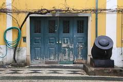 Lisbon (64) (boaski) Tags: door old portugal architecture design puerta europa europe antique alt lisboa lisbon porta architektur porte lissabon tr deur antik dorr dr