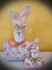 coelhas (Sonhos de Tecido) Tags: artesanato coelhos decorao pascoa