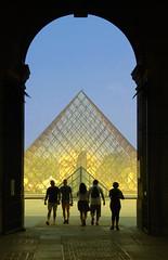 Muse du Louvre - Paris (Ronaldo Monsenhor) Tags: paris louvre frana du musee pirmede