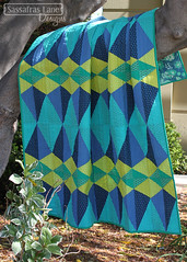 New Euclid Court Quilt Pattern! (Sassafras Lane Designs) Tags: blue art court gallery pattern quilt teal elements lane quilting designs lime quilts euclid pure emerald oval solid fabrics sassafras