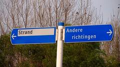 To the strand or other directions? (VicunaR) Tags: nederland niederlande netherlands hoekvanholland strand station sign wegweiser