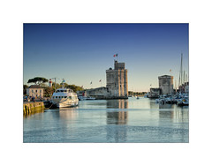Tour Saint Nicolas (MOINELE) Tags: sea mer ocean port tour larochelle charentesmaritimes phare balise voilier bateau
