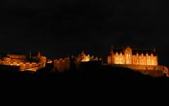 Edinburgh Castle by night (RIch-ART In PIXELS) Tags: edinburghcastle edinburgh scotland unitedkingdom castle hill town city buildingcomplex architecture night light dark schotland leicadlux6 dlux6 leica