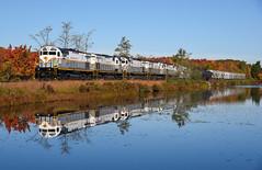 DL @ Pocono Summit, PA. (ConrailKen) Tags: alcos trains