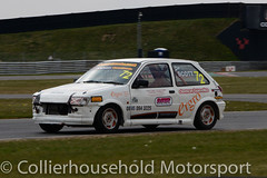 Classic Stock Hatch - R2 (14) Lee Scott (Collierhousehold_Motorsport) Tags: 750mc 750motorclub 750 snetterton snetterton300 classicstockhatch gti peugeot citroen vauxhall saxo stockhatch ford