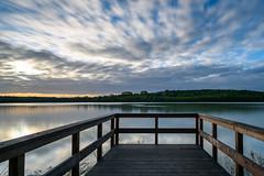 Aussicht am See (webpinsel) Tags: langzeitbelichtung aussichtspunkt steg frühling landschaft morgendämmerung morgenstimmung münsterland natur silberseeiii sonnenaufgang wolken