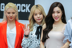 Tiffany SNSD - 170416 SNSD - Casio G-Shock Fansign (230) (Only Ũ) Tags: snsd tiffany 170416 fansign sunny kpop
