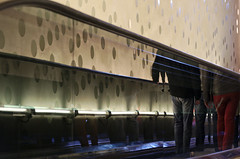 headless / kopflos (explored 2017-04-09) (Juliett09) Tags: pentaxk5 sigma18250 darktable elbphilharmonie hamburg