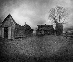A Black and White Type of Day (Dave Linscheid) Tags: barn farm rural agricultural country blackandwhite mood texture textured butterfield watonwancounty mn minnesota usa toolwizphotoeditor samsunggalaxytablet