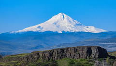 Mt. Hood from Horse Thief Butte - Washington State (Wayne~Chadwick) Tags: spring2017