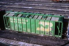 BN GATC Airslide 400810 (Chuck Zeiler) Tags: bn 400810 airslide gatc railroad covered hopper freight cicero chuck zeiler chz