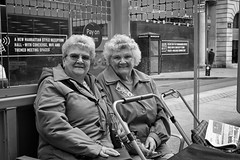 Sisters (Jemma Graham) Tags: documentary documentarygroup metro midlandmetroproject rps street portrait people blackandwhite xt2 fujifilm fujifilmxt2