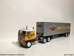 Diecast replica of Hannibal Quincy Truck Lines(H&Q) Freightliner, DCP 32363 (Michael Cereghino (Avsfan118)) Tags: diecast die cast promotions promotion dcp 32363 scale 164 model toy replica michael gully hq h and q hannibal quincy truck lines