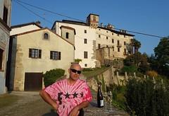 #Vulgar #Display of #Prosecco #Castle #medieval #Biella #Biellese #ig_biella  #Piemonte #VisitPiedmontItaly (! . Angela Lobefaro . !) Tags: instagramapp square squareformat iphoneography uploaded:by=instagram biella valdengo biellese piedmont piemonte italy