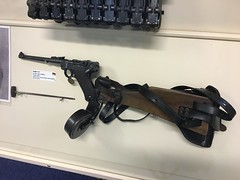 Lithgow Small Arms Factory Museum (Stuart Curry) Tags: ww1 german pistol luger artillery 9mm dwn semiautomatc