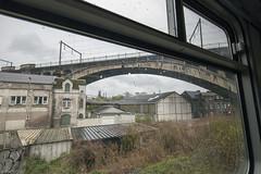 Uitzicht (Tim Boric) Tags: sclessin viaduc viaduct lijn125 lijn36a industrie industry trein train raam window uitzicht view