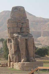 18156262_10211437226238380_7270854827333077361_o (sally_byler) Tags: amenhotep statues temples monuments luxor egypt travel