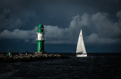 sail away... (Galerie-EF) Tags: leuchtturm warnemünde
