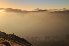I Hope You Find What You're Looking For... (johnkaysleftleg) Tags: helvellyn greatgable lakes lakedistrict cumbria england centralfells mist evening temperatureinversion cloudinversion canoneosm