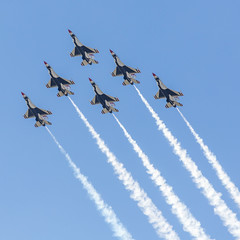 The Boys Are Back In Town-3 (4myrrh1) Tags: thunderbirds airforce aircraft airplane aviation airshow airplanes airport afb military flying flight flightdemonstrationsquadron flightdemonstrationteam al alabama maxwell canon 6d ef70300l