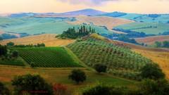 podere belvedere tilt shift (Rex Montalban Photography) Tags: rexmontalbanphotography tuscany italy europe valdorcia poderebelvedere tiltshift ts pse9 tuscanfarmhouse countryside