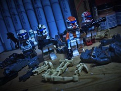 """""""One shot, one kill."""" (LordAllo) Tags: lego star wars republic commando delta squad boss scorch fixer sev clone trooper troopers super battle droids geonosians"""