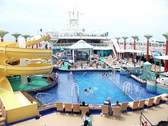 5-13 c Gem pool at Port Canaveral (petespix75) Tags: cruiseships norwegiangem