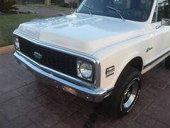 71K5Blazer_2k_head (Monaco Luxury) Tags: auto bar 1971 ps pb stereo chevy 350 roll custom blazer resto k5 pristine frameoff