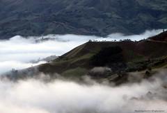 Ventiaderos (Ivan Mauricio Agudelo Velasquez) Tags: cloud mountain way carretera silueta montaa could nube