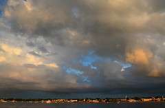 Unsettled Clouds (hpaich) Tags: desktop wallpaper sky cloud storm weather newjersey day skies nuvola background nj cielo cumulus jersey monmouth monmouthcounty nuvem nube desktopwallpaper wolk desktopbackground keyport pilv