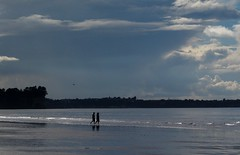 A Couples Dream (SKR_Photography) Tags: ocean winter newzealand sky people cliff white beach water clouds grey couple auckland northshore land sunnyday longbay longbaybeach favouritebeach
