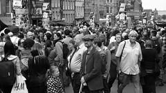 Fringe crowds on the Mile