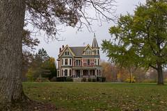 Autumn in Oberlin (Edsel L) Tags: autumn ohio house college unitedstates johnson oberlin johnsonhouse oberlincollege rx1r