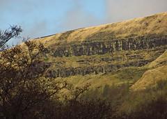 Alport valley crags (Dazzygidds) Tags: dynamic derbyshire cliffs crags impressive darkpeak peakdistrictnationalpark alportvalley