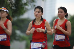 7L8T9440 (Got to get running) Tags: sports canon women singapore 21 great run eastern jog 21km 100400 marinabarrage 1dmk3 greateasternrun2013