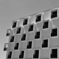 20 squares with a view (TheManWhoPlantedTrees) Tags: windows bw architecture braga quadrado bsquare arquitecturaportuguesa quadratum nikond3100 tmwpt