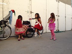 Open mic at the Nihola. #nelaparade #fig4all (ubrayj02) Tags: christmas red bikes parade bicycles nela twinkletoes streetsblog 90042 bikeoven lacbc bikela flyingpigeonla fig4all nelaparade