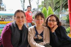 Trajineras en Xochimilco (Carlitos) Tags: woman sarah mexico mujer mexicocity df martha northamerica ciudaddemexico xochimilco federaldistrict norteamerica